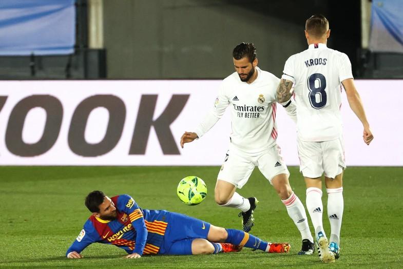 Sous la tempête madrilène, le Barça prend l'eau