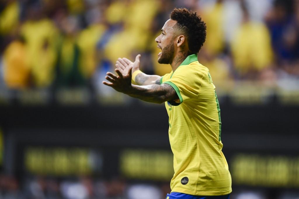 Le PSG devancé par Manchester United pour Neymar ?