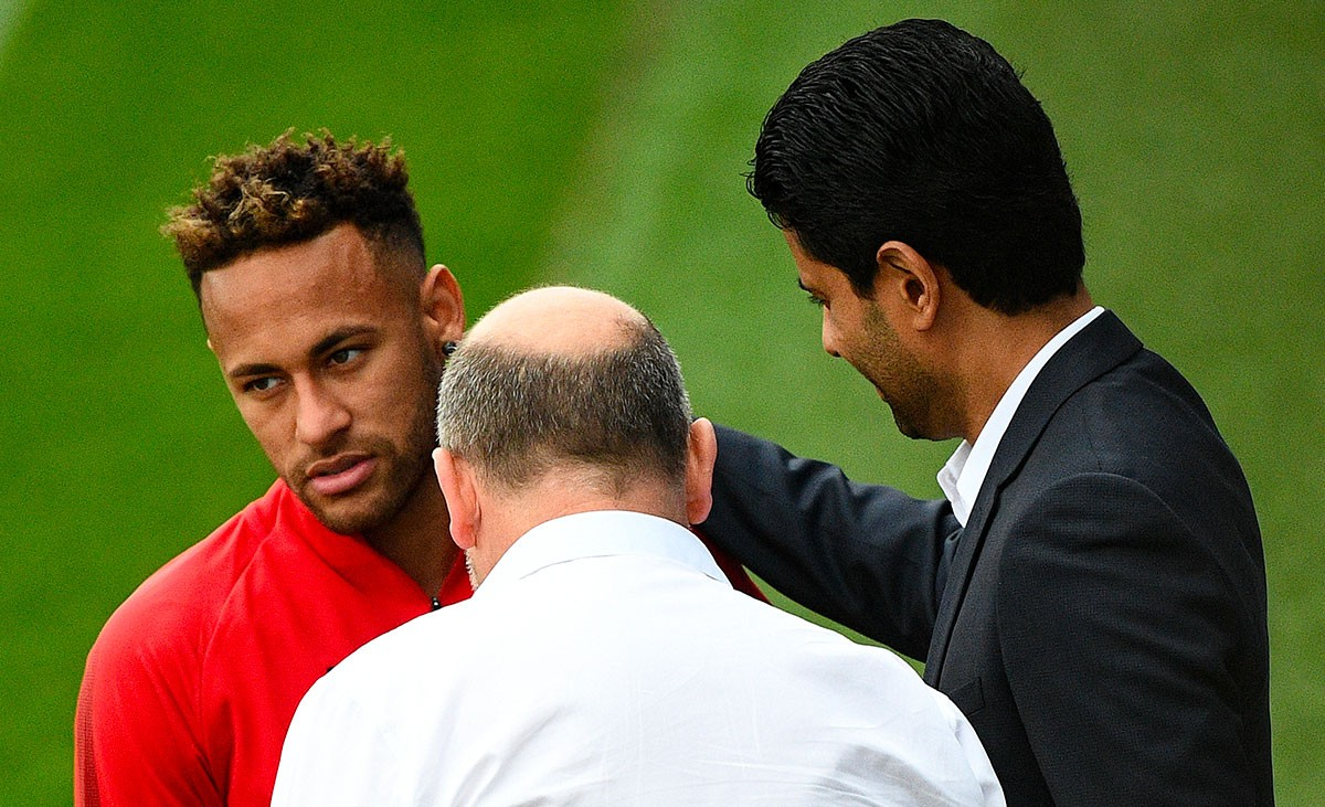 Changement radical de posture du PSG pour Neymar